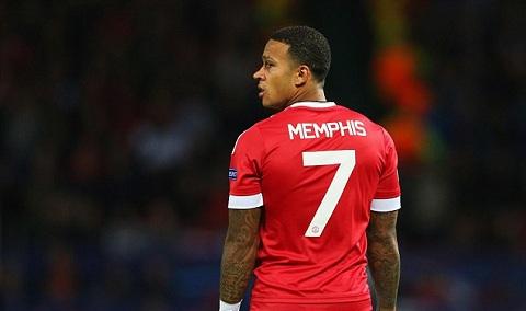 Memphis Depay (Pemain MU Dengan Nomor 7 Setelah CR7 Yang Gagal Bersinar)