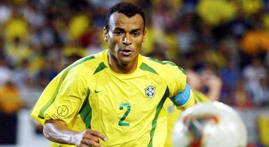 Bek Sayap Belakang Legenda Brazil (Jonathan Cafu)